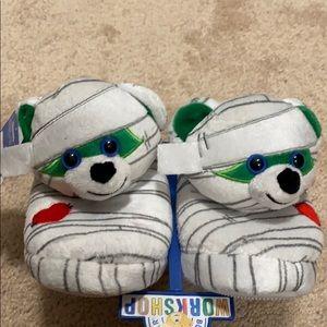Halloween slippers